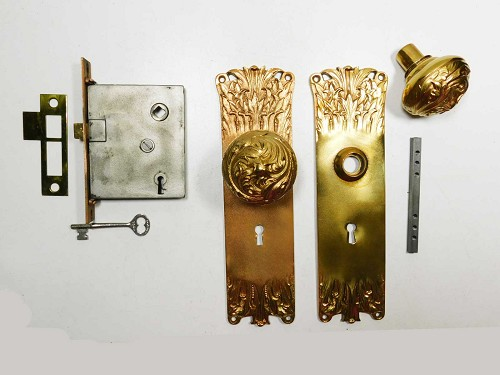Restored and complete Victorian mortise lock set